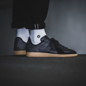 adidas bw army black